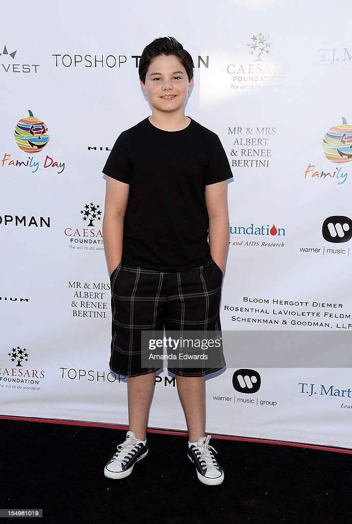 Actor Zach Callison arrives at the TJ Martell Foundation 4th Annual Family Day LA at CBS Studios - Radford on October 28, 2012 in Studio City, California.