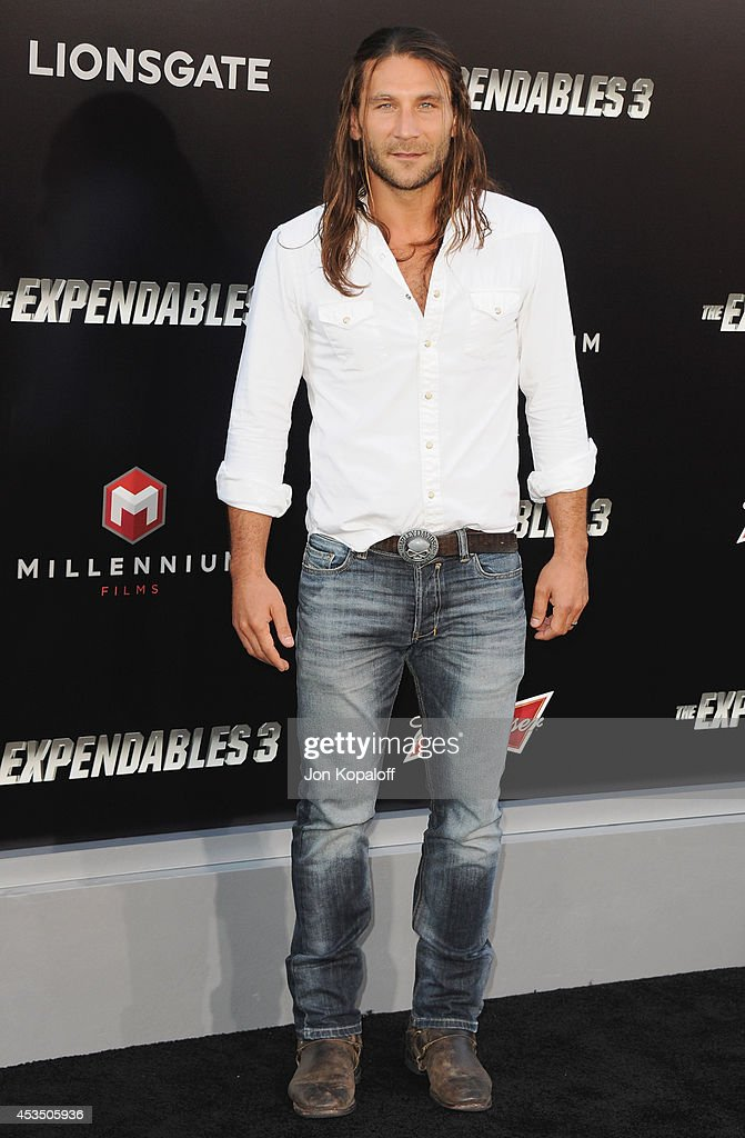 Actor <a gi-track='captionPersonalityLinkClicked' href=/galleries/search?phrase=Zach+McGowan&family=editorial&specificpeople=5583928 ng-click='$event.stopPropagation()'>Zach McGowan</a> arrives at the Los Angeles Premiere 'The Expendables 3' at TCL Chinese Theatre on August 11, 2014 in Hollywood, California.