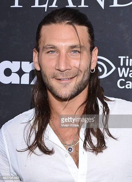Actor Zach McGowan attends the Starz Series 'Outlander' Premiere ComicCon International 2014 at Spreckels Theatre on July 25 2014 in San Diego...