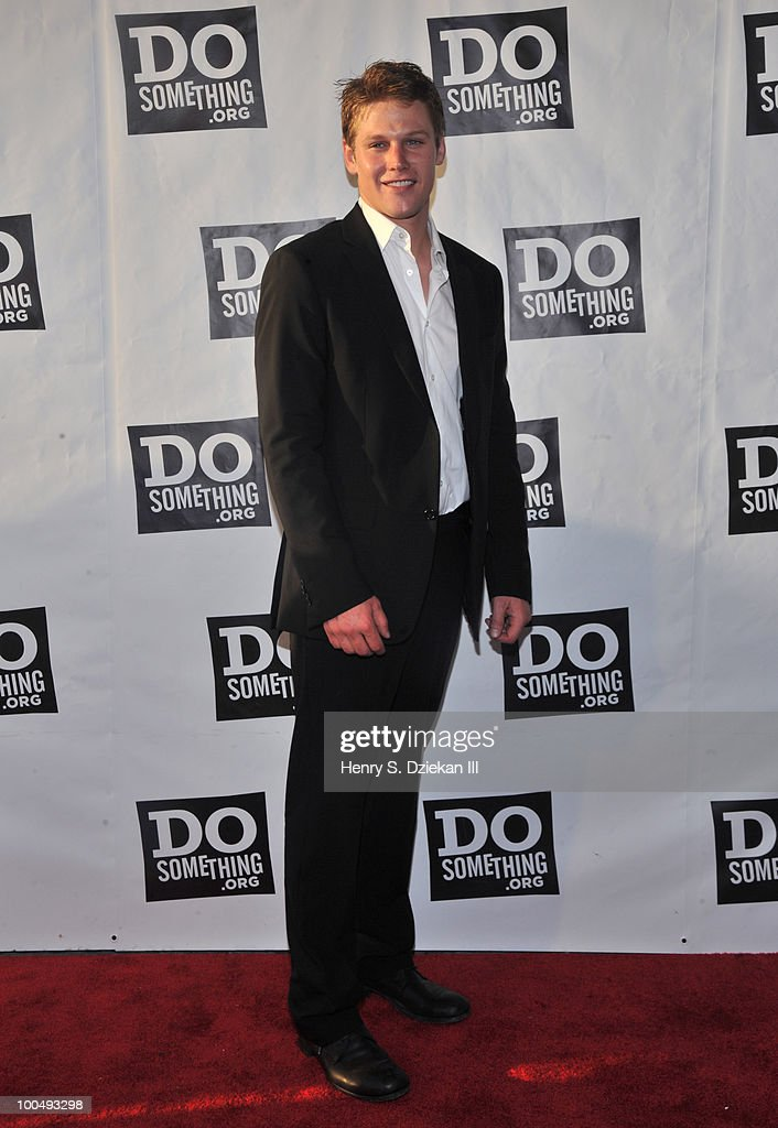 Actor <a gi-track='captionPersonalityLinkClicked' href=/galleries/search?phrase=Zach+Roerig&family=editorial&specificpeople=4859108 ng-click='$event.stopPropagation()'>Zach Roerig</a> attends DoSomething.org's celebration of the 2010 Do Something Award nominees at The Apollo Theater on May 24, 2010 in New York City.