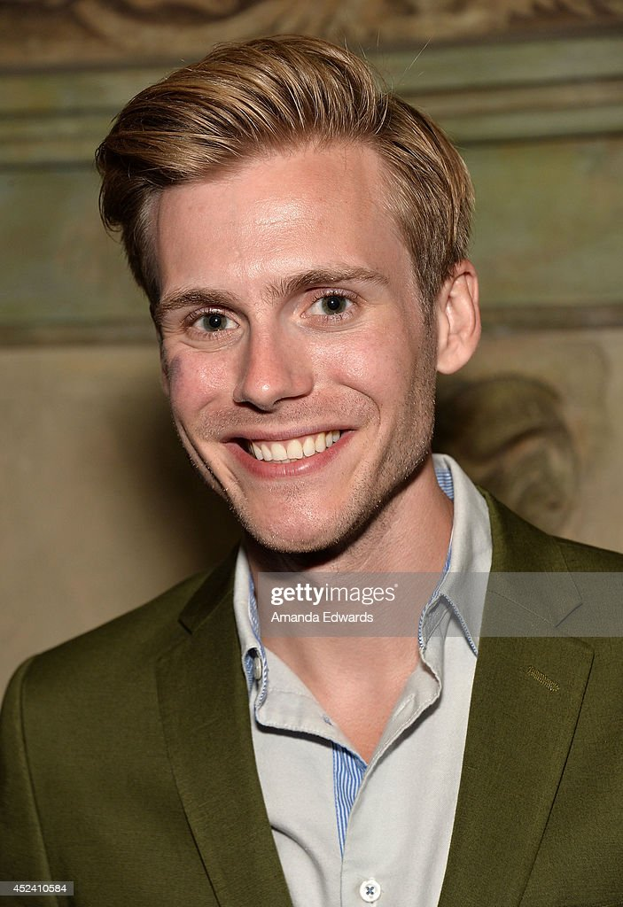 Actor <a gi-track='captionPersonalityLinkClicked' href=/galleries/search?phrase=Zachary+Booth&family=editorial&specificpeople=4839749 ng-click='$event.stopPropagation()'>Zachary Booth</a> arrives at the Water's End Productions and Gran Via Productions Film 'Last Weekend' cast dinner at Chateau Marmont on July 19, 2014 in Los Angeles, California.