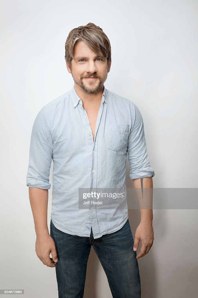 zachary knighton married