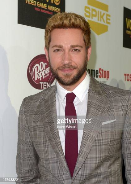 Actor Zachary Levi arrives at Spike TV's 10th annual Video Game Awards at Sony Pictures Studios on December 7 2012 in Culver City California