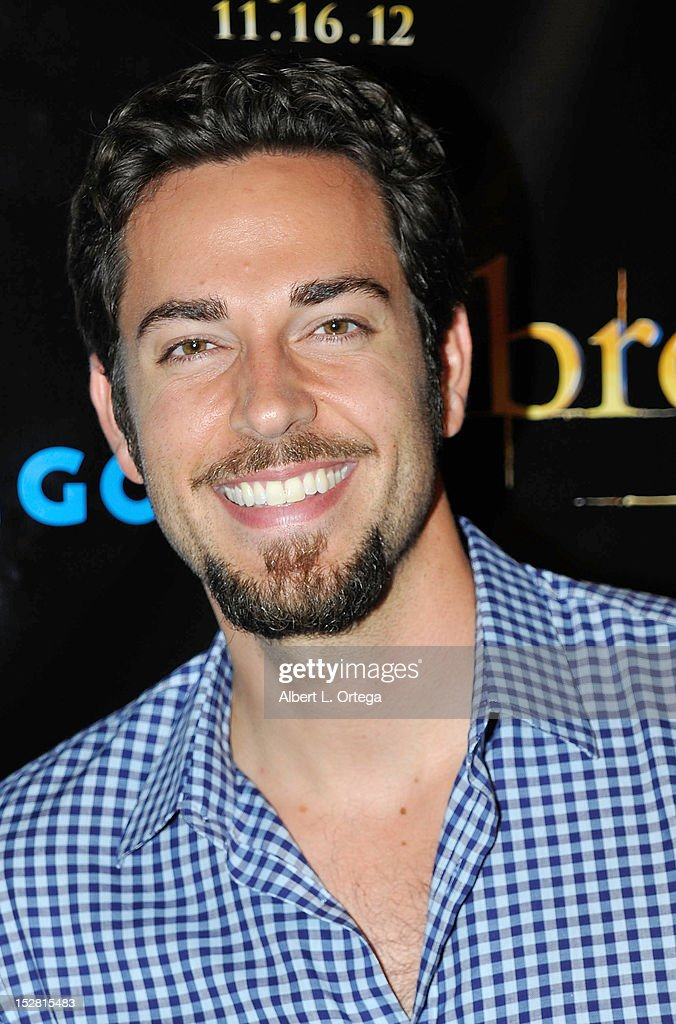 Actor <a gi-track='captionPersonalityLinkClicked' href=/galleries/search?phrase=Zachary+Levi&family=editorial&specificpeople=242766 ng-click='$event.stopPropagation()'>Zachary Levi</a> arrives for Summit Entertainment's 'The Twilight Saga: Breaking Dawn - PART 2 VIP - Comic-Con Celebration - Arrivals held at The Hard Rock Hotel on July 11, 2012 in San Diego, California.