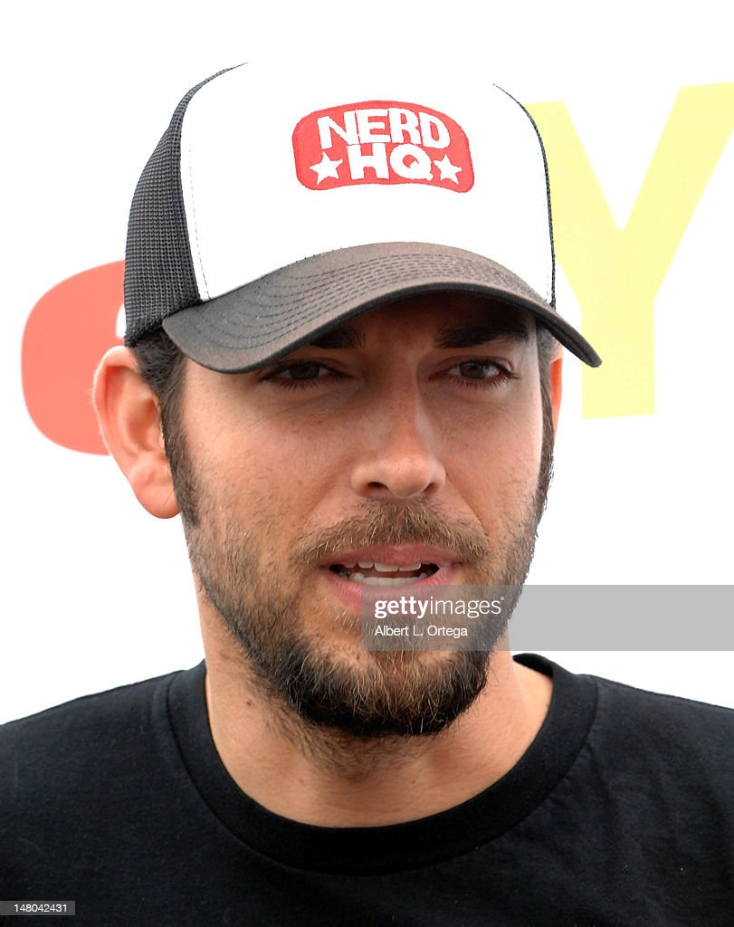 Actor <a gi-track='captionPersonalityLinkClicked' href=/galleries/search?phrase=Zachary+Levi&family=editorial&specificpeople=242766 ng-click='$event.stopPropagation()'>Zachary Levi</a> participates in The Inaugural 'Course Of The Force' Olympic Relay Run with lightsabers to Benefit The Make-A-Wish Foundation hosted by LucasFilm, Nerdist Industries and Octagon held at The Santa Monica Pier on July 7, 2012 in Santa Monica, California.