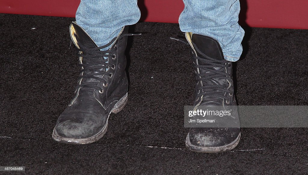 Actor Zachary Quinto (shoe detail) attends the 'Anchorman 2: The Legend Continues' U.S. premiere at Beacon Theatre on December 15, 2013 in New York City.