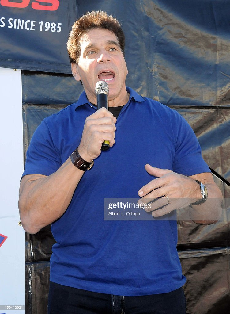 Actor/body builder Lou Ferigno participates in the Red Carpet Health Expo held at The Vitamin Shoppe on January 12, 2013 in Los Angeles, California.