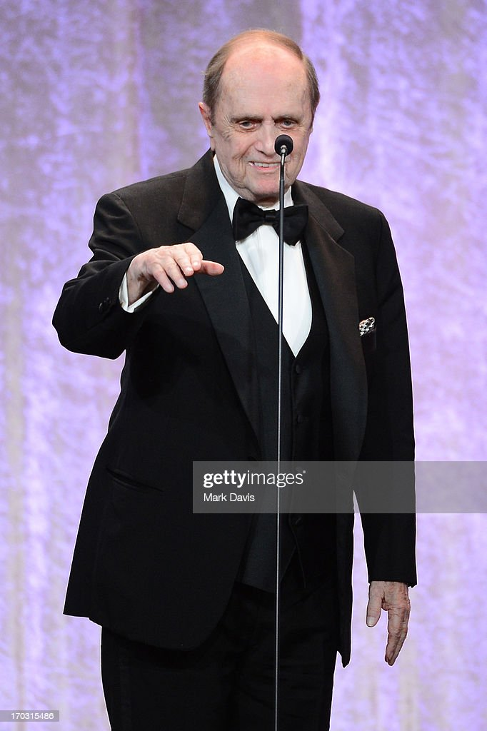 Actor/comedian <a gi-track='captionPersonalityLinkClicked' href=/galleries/search?phrase=Bob+Newhart&family=editorial&specificpeople=208111 ng-click='$event.stopPropagation()'>Bob Newhart</a> accepts the Icon Award onstage during Broadcast Television Journalists Association's third annual Critics' Choice Television Awards at The Beverly Hilton Hotel on June 10, 2013 in Los Angeles, California.