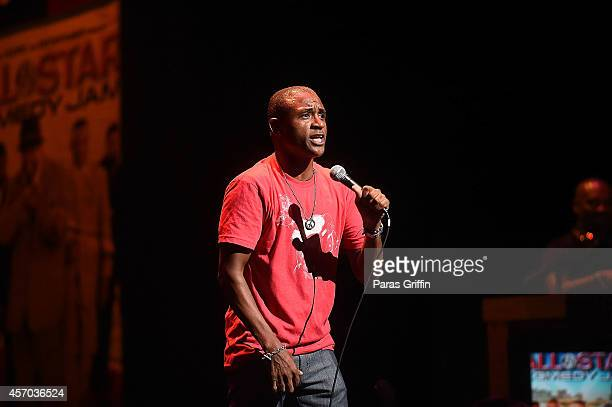 Tony roberts comedian stock photos and pictures getty images for Where does shaq live