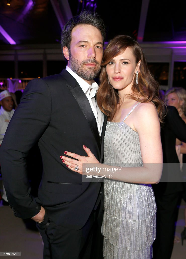 Actor/director <a gi-track='captionPersonalityLinkClicked' href=/galleries/search?phrase=Ben+Affleck&family=editorial&specificpeople=201856 ng-click='$event.stopPropagation()'>Ben Affleck</a> (L) and <a gi-track='captionPersonalityLinkClicked' href=/galleries/search?phrase=Jennifer+Garner&family=editorial&specificpeople=201813 ng-click='$event.stopPropagation()'>Jennifer Garner</a> attend the 2014 Vanity Fair Oscar Party Hosted By Graydon Carter on March 2, 2014 in West Hollywood, California.