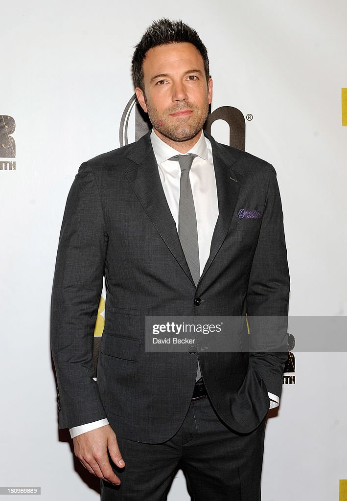 Actor/director <a gi-track='captionPersonalityLinkClicked' href=/galleries/search?phrase=Ben+Affleck&family=editorial&specificpeople=201856 ng-click='$event.stopPropagation()'>Ben Affleck</a> arrives at the world premiere of Twentieth Century Fox and New Regency's film 'Runner Runner' at Planet Hollywood Resort & Casino on September 18, 2013 in Las Vegas, Nevada.