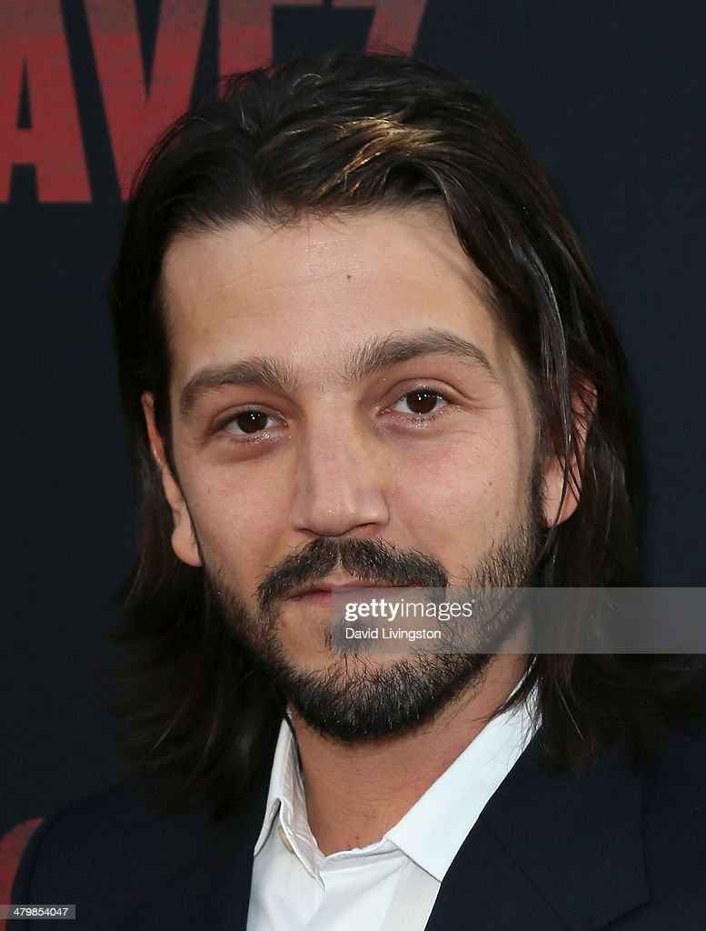 Actor/director <a gi-track='captionPersonalityLinkClicked' href=/galleries/search?phrase=Diego+Luna&family=editorial&specificpeople=213511 ng-click='$event.stopPropagation()'>Diego Luna</a> attends the premiere of Pantelion Films and Participant Media's 'Cesar Chavez' at TCL Chinese Theatre on March 20, 2014 in Hollywood, California.
