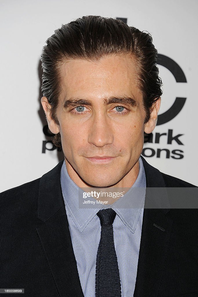 Actor/honoree Jake Gyllenhaal arrives at the 17th Annual Hollywood Film Awards at The Beverly Hilton Hotel on October 21, 2013 in Beverly Hills, California.