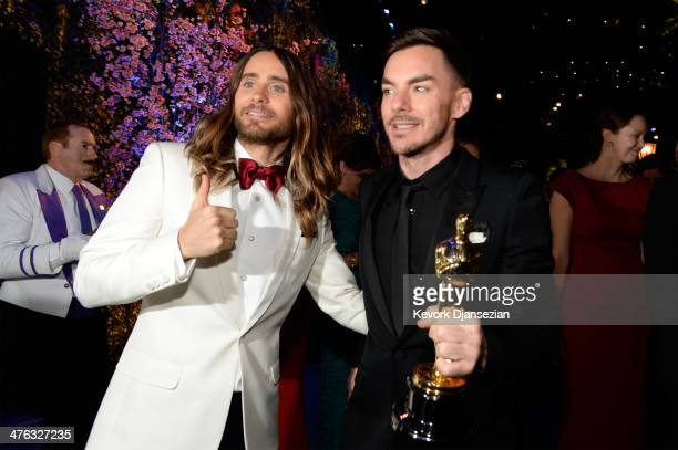 Actor/musician Jared Leto and brother Shannon Leto pose with his Best Performance by an Actor in a Supporting Role award at the Oscars Governors Ball...