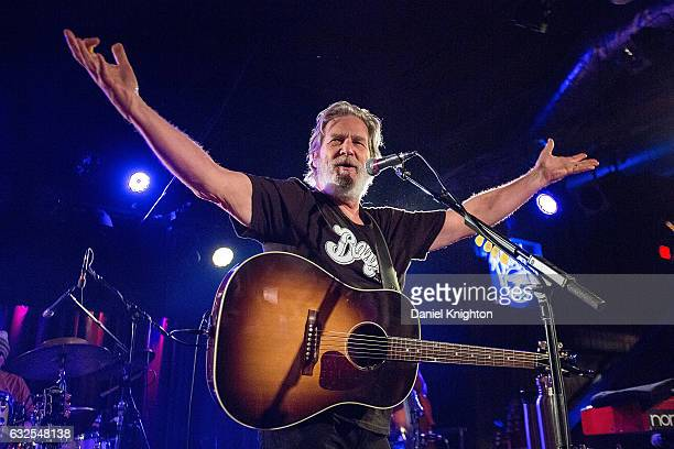 Actor/musician Jeff Bridges of Jeff Bridges and The Abiders performs on stage at Belly Up Tavern on January 23 2017 in Solana Beach California