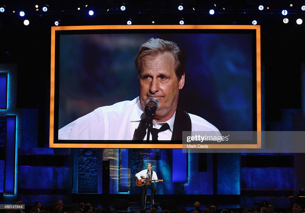 Actor/musician Jeff Daniels performs onstage at the 2014 AFI Life Achievement Award: A Tribute to Jane Fonda at the Dolby Theatre on June 5, 2014 in Hollywood, California. Tribute show airing Saturday, June 14, 2014 at 9pm ET/PT on TNT.