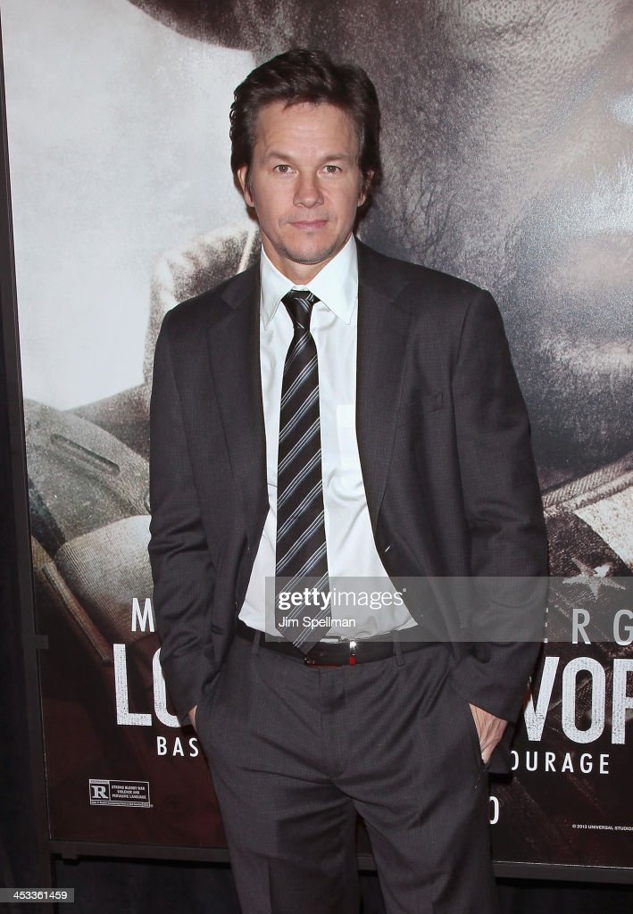 Actor/producer <a gi-track='captionPersonalityLinkClicked' href=/galleries/search?phrase=Mark+Wahlberg&family=editorial&specificpeople=202265 ng-click='$event.stopPropagation()'>Mark Wahlberg</a> attends the 'Lone Survivor' New York premiere at Ziegfeld Theater on December 3, 2013 in New York City.