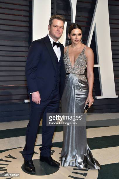 Actorproducer Matt Damon and Luciana Barroso attend the 2017 Vanity Fair Oscar Party hosted by Graydon Carter at Wallis Annenberg Center for the...