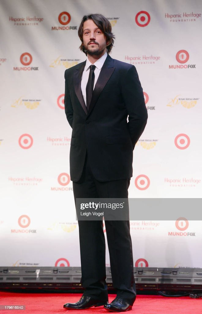 Actor/producer/director <a gi-track='captionPersonalityLinkClicked' href=/galleries/search?phrase=Diego+Luna&family=editorial&specificpeople=213511 ng-click='$event.stopPropagation()'>Diego Luna</a> attends the 26th Annual Hispanic Heritage Awards presented by Target at the John F. Kennedy Center for the Performing Arts on September 5, 2013 in Washington, DC.