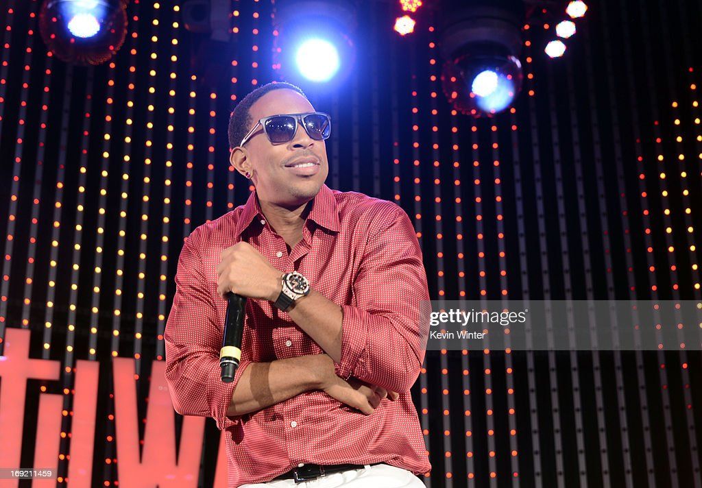Actor/rapper Chris '<a gi-track='captionPersonalityLinkClicked' href=/galleries/search?phrase=Ludacris&family=editorial&specificpeople=203034 ng-click='$event.stopPropagation()'>Ludacris</a>' Bridges performs at the premiere of Universal Pictures' 'Fast & Furious 6' at Gibson Amphitheatre on May 21, 2013 in Universal City, California.