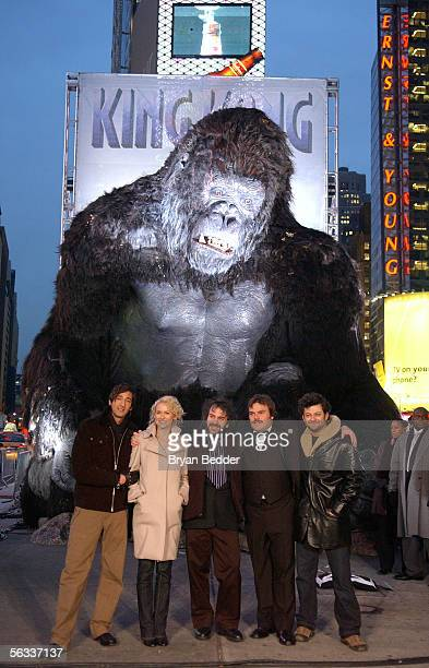 Actors Adrien Brody Naomi Watts director Peter Jackson actors Jack Black and Andy Serkis pose for a photo at a photocall for the Universal Pictures...