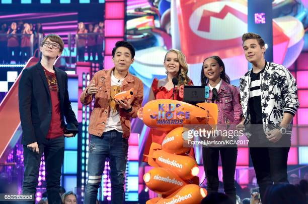 Actors Aidan Miner Lance Lim Jade Pettyjohn Breanna Yde and Ricardo Hurtado speak onstage at Nickelodeon's 2017 Kids' Choice Awards at USC Galen...