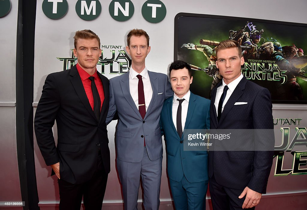 Actors <a gi-track='captionPersonalityLinkClicked' href=/galleries/search?phrase=Alan+Ritchson&family=editorial&specificpeople=4070667 ng-click='$event.stopPropagation()'>Alan Ritchson</a>, Jeremy Howard, Noel Fisher and Pete Ploszek attend the premiere of Paramount Pictures' 'Teenage Mutant Ninja Turtles' at Regency Village Theater on August 3, 2014 in Westwood, California.