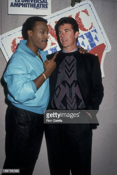 Actors Alan Thicke and Arsenio Hall attending 'Comic Relief '87 Benefit' on November 14 1987 at the Universal Ampitheater in Universal City California