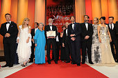 LR Actors Alec Baldwin Nastassja Kinski Emmanuelle Riva director Michael Haneke with the Palme D'Or for 'Amour' actor Adrien Brody Jury President...
