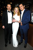 Actors Alessandro Nivola Patricia Clarkson and Orlando Bloom attend the 2015 Vanity Fair Oscar Party hosted by Graydon Carter at the Wallis Annenberg...