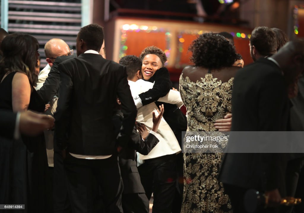 Actors Alex R. Hibbert and Ashton Sanders (C) and the cast of Moonlight onstage during the 89th Annual Academy Awards at Hollywood & Highland Center on February 26, 2017 in Hollywood, California.