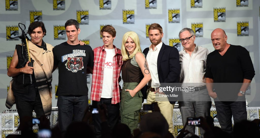 Actors <a gi-track='captionPersonalityLinkClicked' href=/galleries/search?phrase=Alexander+Koch+-+Actor&family=editorial&specificpeople=15376822 ng-click='$event.stopPropagation()'>Alexander Koch</a>, <a gi-track='captionPersonalityLinkClicked' href=/galleries/search?phrase=Eddie+Cahill&family=editorial&specificpeople=226945 ng-click='$event.stopPropagation()'>Eddie Cahill</a> and Colin Ford, actress <a gi-track='captionPersonalityLinkClicked' href=/galleries/search?phrase=Rachelle+Lefevre&family=editorial&specificpeople=2538883 ng-click='$event.stopPropagation()'>Rachelle Lefevre</a>, actor <a gi-track='captionPersonalityLinkClicked' href=/galleries/search?phrase=Mike+Vogel&family=editorial&specificpeople=601802 ng-click='$event.stopPropagation()'>Mike Vogel</a>, producer Neal Baer and actor <a gi-track='captionPersonalityLinkClicked' href=/galleries/search?phrase=Dean+Norris&family=editorial&specificpeople=4195761 ng-click='$event.stopPropagation()'>Dean Norris</a> attend the 'Under the Dome' panel during Comic-Con International 2014 at the San Diego Convention Center on July 24, 2014 in San Diego, California.