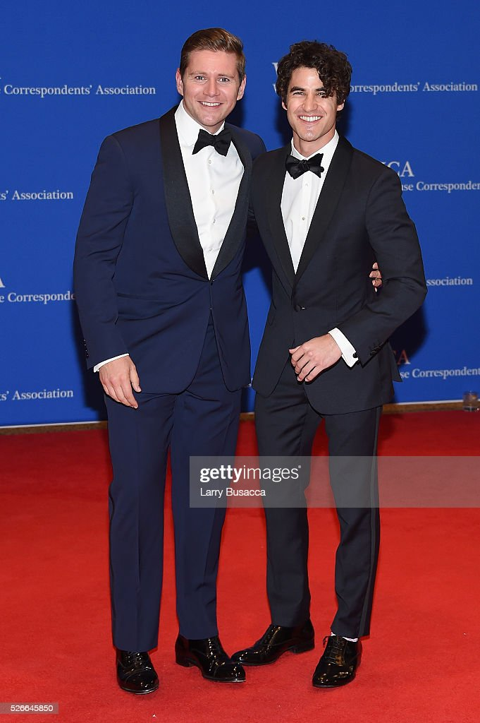 Actors Allen Leech (L) and Darren Criss attend the 102nd White House Correspondents' Association Dinner on April 30, 2016 in Washington, DC.