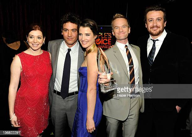 Actors Alyson Hannigan Josh Radnor Cobie Smulders Neil Patrick Harris and Jason Segel with the award for 'Favorite Network TV Comedy' attend the 2012...