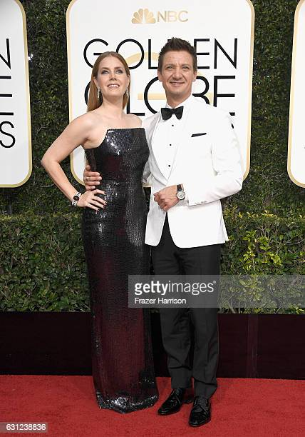 Actors Amy Adams and Jeremy Renner attend the 74th Annual Golden Globe Awards at The Beverly Hilton Hotel on January 8 2017 in Beverly Hills...