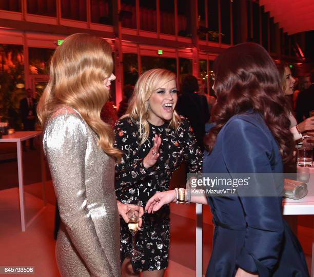 Actors Amy Adams Reese Witherspoon and Megan Mullally attend the 2017 Vanity Fair Oscar Party hosted by Graydon Carter at Wallis Annenberg Center for...