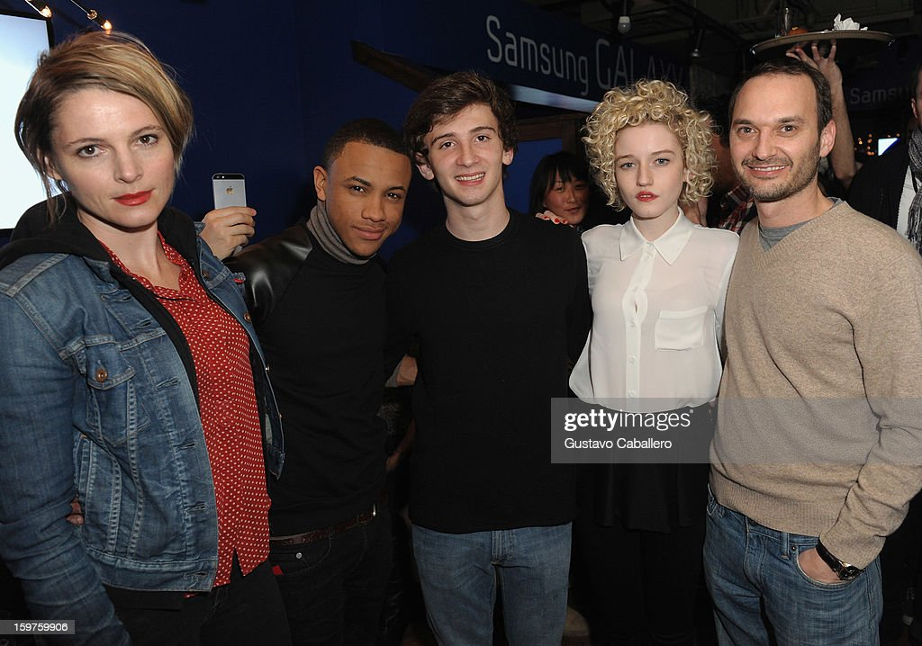 Actors Amy Seimetz, <a gi-track='captionPersonalityLinkClicked' href=/galleries/search?phrase=Tequan+Richmond&family=editorial&specificpeople=650106 ng-click='$event.stopPropagation()'>Tequan Richmond</a>, Alex Shaffer, Julia Garner and Verge founder and creative director <a gi-track='captionPersonalityLinkClicked' href=/galleries/search?phrase=Jeff+Vespa&family=editorial&specificpeople=4349931 ng-click='$event.stopPropagation()'>Jeff Vespa</a> attends the Samsung Gallery Launch Party To Celebrate The Verge List - 2013 on January 19, 2013 in Park City, Utah.