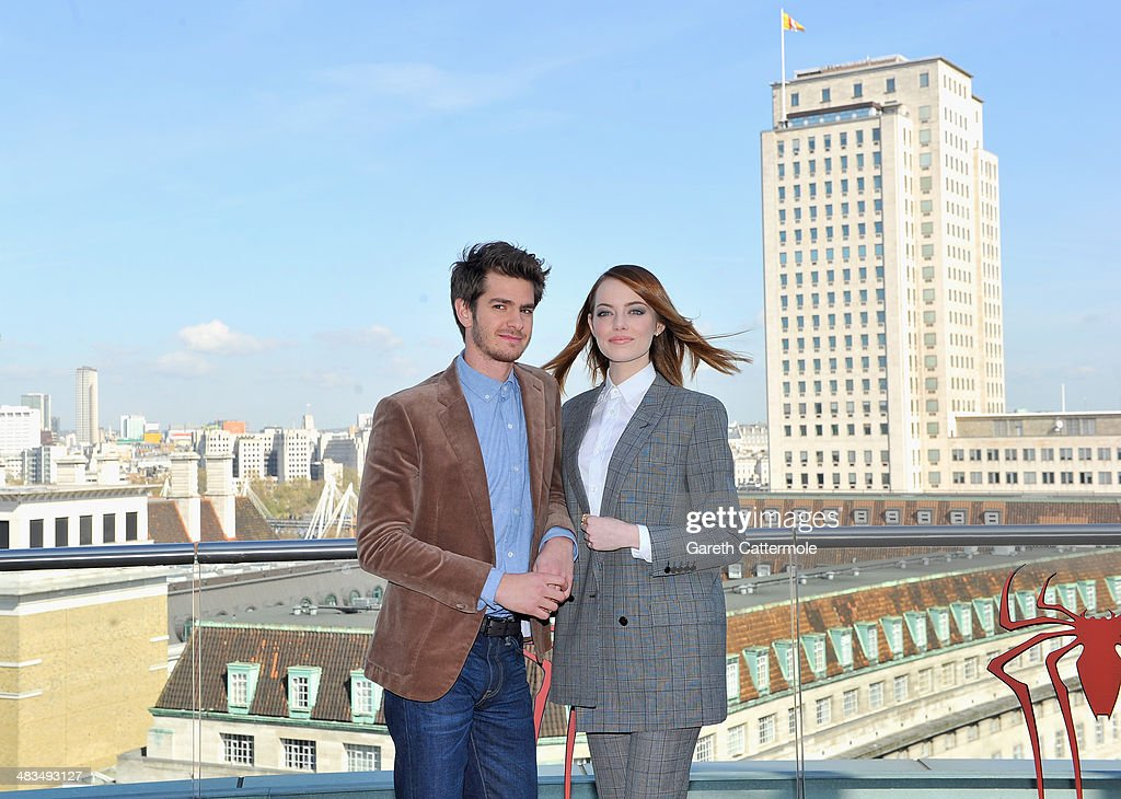 Actors <a gi-track='captionPersonalityLinkClicked' href=/galleries/search?phrase=Andrew+Garfield&family=editorial&specificpeople=4047840 ng-click='$event.stopPropagation()'>Andrew Garfield</a> and <a gi-track='captionPersonalityLinkClicked' href=/galleries/search?phrase=Emma+Stone&family=editorial&specificpeople=672023 ng-click='$event.stopPropagation()'>Emma Stone</a> attend the Amazing Spider-Man 2 Cast and Filmmaker photocall at the Park Plaza Hotel on April 9, 2014 in London, England.