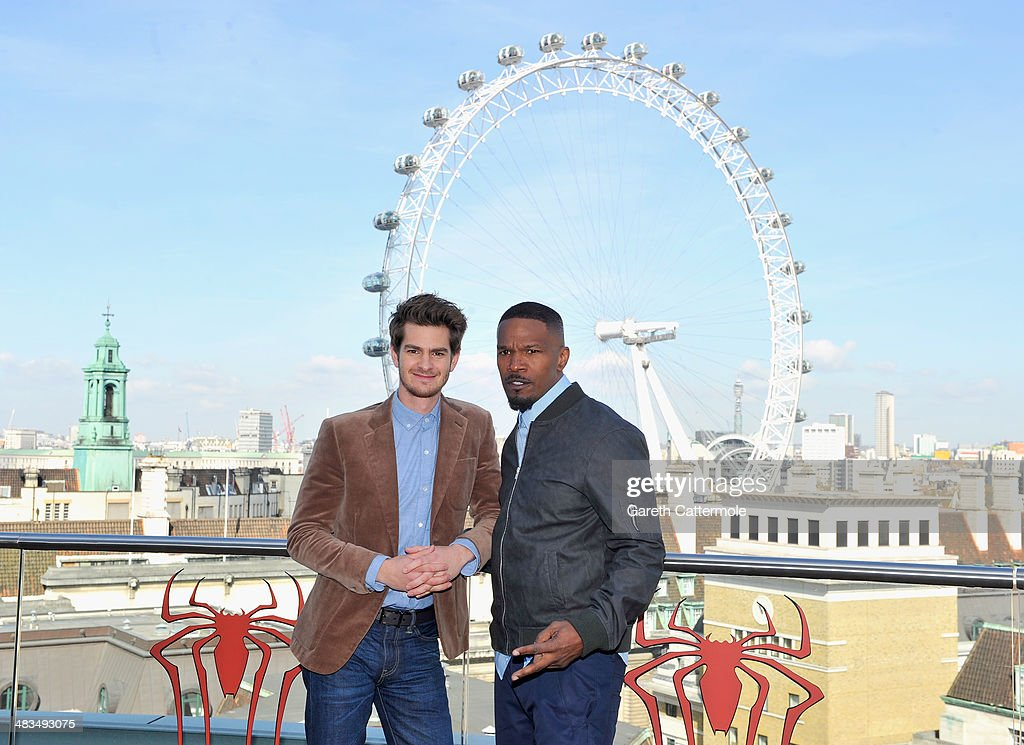 Actors <a gi-track='captionPersonalityLinkClicked' href=/galleries/search?phrase=Andrew+Garfield&family=editorial&specificpeople=4047840 ng-click='$event.stopPropagation()'>Andrew Garfield</a> and <a gi-track='captionPersonalityLinkClicked' href=/galleries/search?phrase=Jamie+Foxx&family=editorial&specificpeople=201715 ng-click='$event.stopPropagation()'>Jamie Foxx</a> attend the Amazing Spider-Man 2 Cast and Filmmaker photocall at the Park Plaza Hotel on April 9, 2014 in London, England.