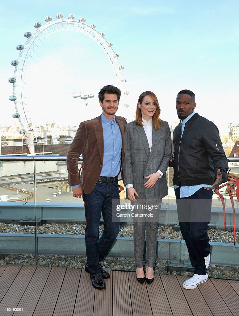 Actors <a gi-track='captionPersonalityLinkClicked' href=/galleries/search?phrase=Andrew+Garfield&family=editorial&specificpeople=4047840 ng-click='$event.stopPropagation()'>Andrew Garfield</a>, <a gi-track='captionPersonalityLinkClicked' href=/galleries/search?phrase=Emma+Stone&family=editorial&specificpeople=672023 ng-click='$event.stopPropagation()'>Emma Stone</a> and <a gi-track='captionPersonalityLinkClicked' href=/galleries/search?phrase=Jamie+Foxx&family=editorial&specificpeople=201715 ng-click='$event.stopPropagation()'>Jamie Foxx</a> attend the Amazing Spider-Man 2 Cast and Filmmaker photocall at the Park Plaza Hotel on April 9, 2014 in London, England.