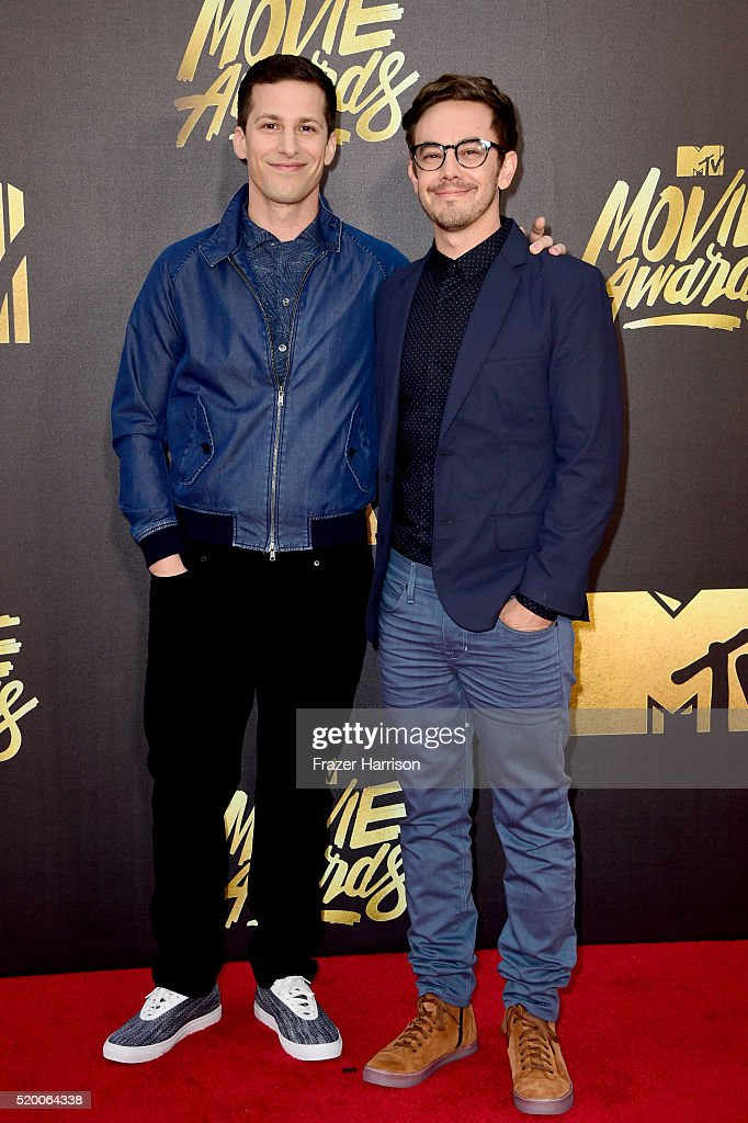 actors-andy-samberg-andakiva-schaffer-attend-the-2016-mtv-movie-at-picture-id520064338