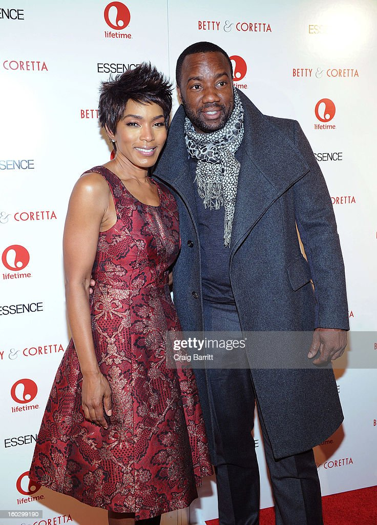 Actors (L-R) <a gi-track='captionPersonalityLinkClicked' href=/galleries/search?phrase=Angela+Bassett&family=editorial&specificpeople=171174 ng-click='$event.stopPropagation()'>Angela Bassett</a> and <a gi-track='captionPersonalityLinkClicked' href=/galleries/search?phrase=Malik+Yoba&family=editorial&specificpeople=714316 ng-click='$event.stopPropagation()'>Malik Yoba</a> attend the premiere of 'Betty & Coretta' to celebrate with Lifetime and cast at Tribeca Cinemas on January 28, 2013 in New York City.