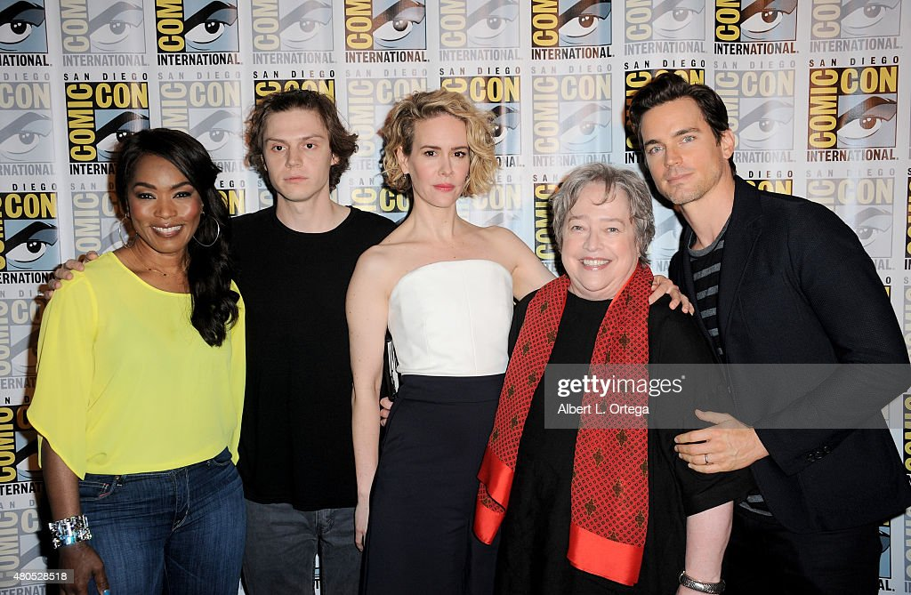 Actors Angela Bassett Evan Peters Sarah Paulson Kathy Bates and Matt Bomer pose at the 'American Horror Story' and 'Scream Queens' panel during...