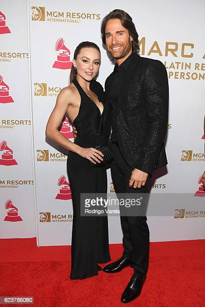 Actors Angelique Boyer and Sebastian Rulli attend the 2016 Person of the Year honoring Marc Anthony at the MGM Grand Garden Arena on November 16 2016...