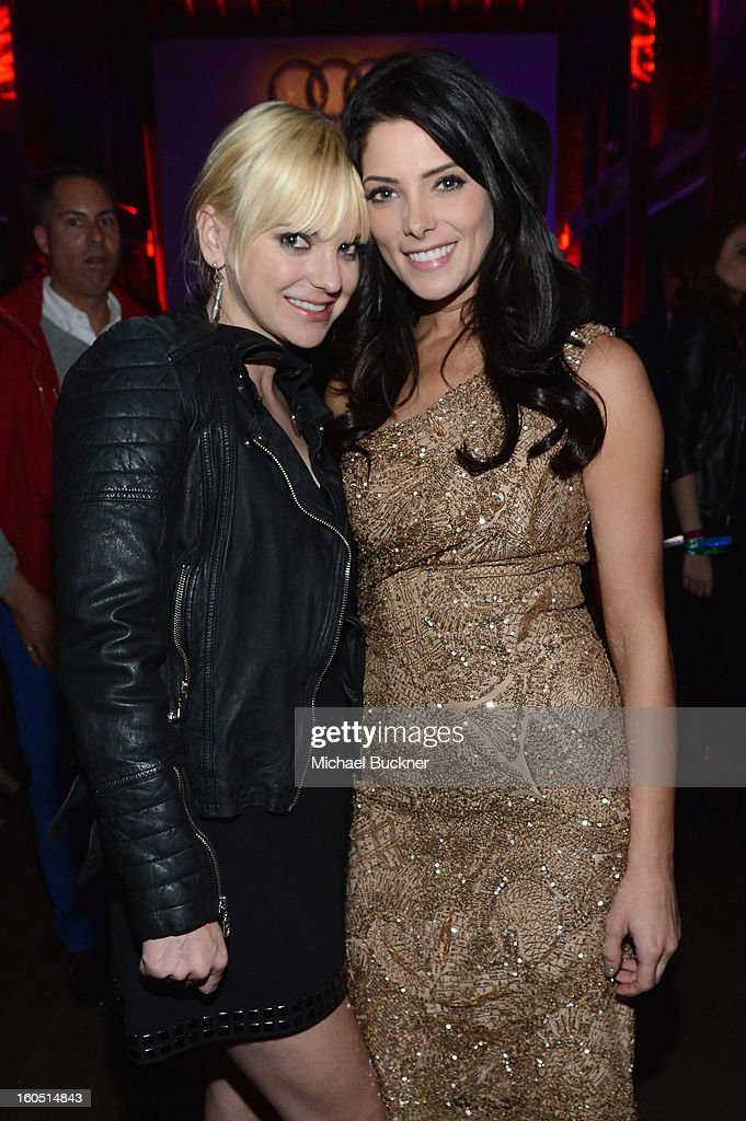 Actors Anna Faris and Ashley Greene attend the Audi Forum New Orleans at the Ogden Museum of Southern Art on February 1, 2013 in New Orleans, Louisiana.