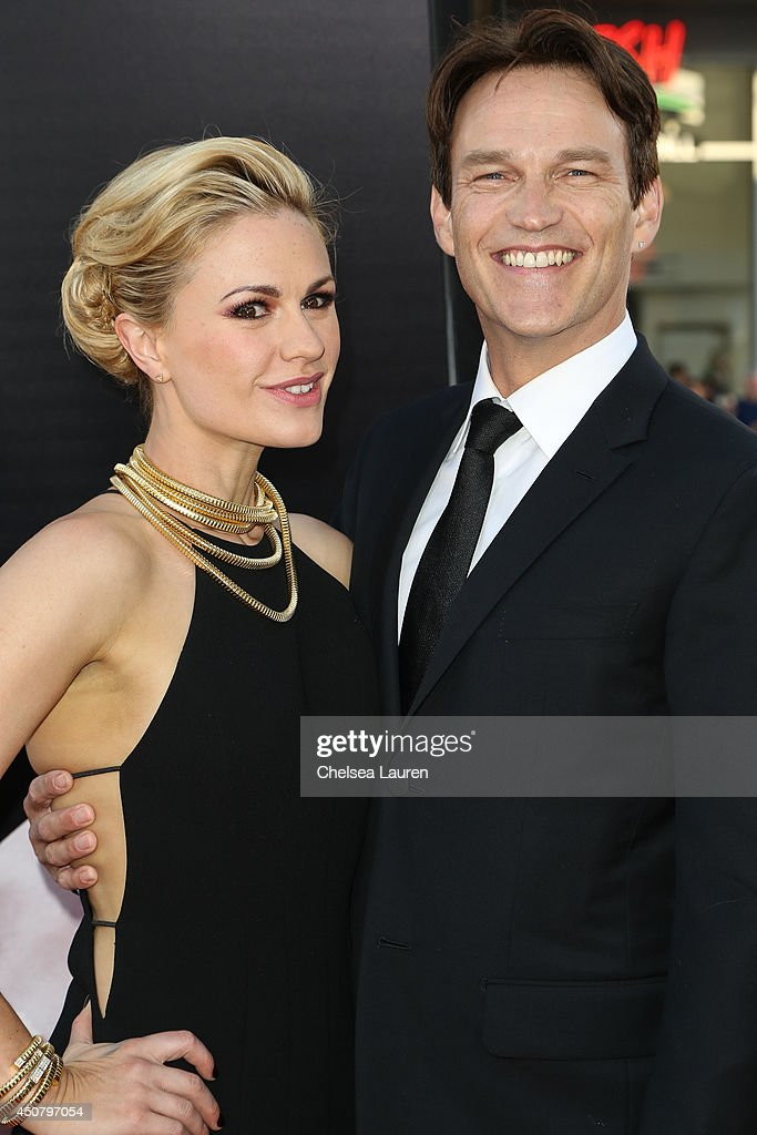 Actors <a gi-track='captionPersonalityLinkClicked' href=/galleries/search?phrase=Anna+Paquin&family=editorial&specificpeople=211602 ng-click='$event.stopPropagation()'>Anna Paquin</a> (L) and <a gi-track='captionPersonalityLinkClicked' href=/galleries/search?phrase=Stephen+Moyer&family=editorial&specificpeople=4323688 ng-click='$event.stopPropagation()'>Stephen Moyer</a> arrive at HBO's 'True Blood' final season premiere at TCL Chinese Theatre on June 17, 2014 in Hollywood, California.