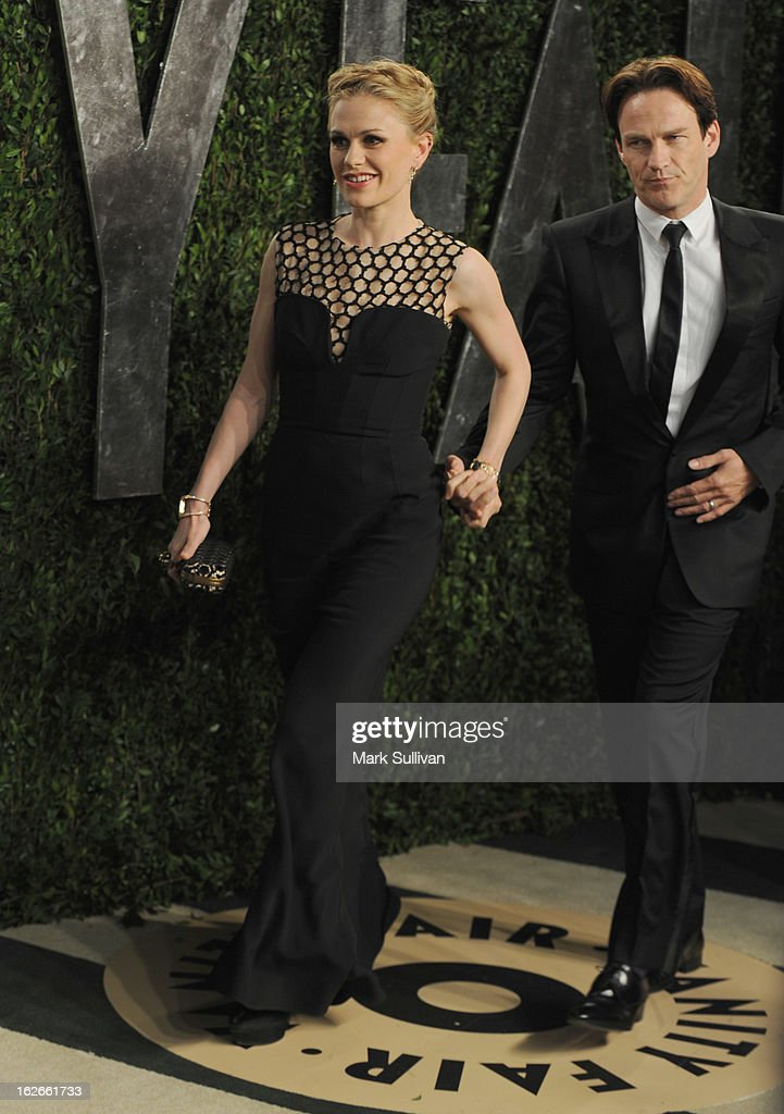 Actors Anna Paquin and Stephen Moyer arrive at the 2013 Vanity Fair Oscar Party at Sunset Tower on February 24, 2013 in West Hollywood, California.