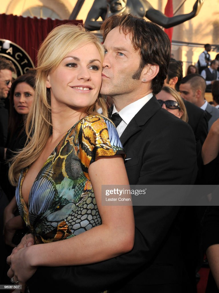 Actors Anna Paquin and Stephen Moyer arrive to the TNT/TBS broadcast of the 16th Annual Screen Actors Guild Awards held at the Shrine Auditorium on...