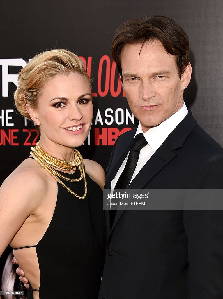 Actors Anna Paquin (L) and Stephen Moyer attend the premiere of HBO's 'True Blood' season 7 and final season at TCL Chinese Theatre on June 17, 2014 in Hollywood, California.