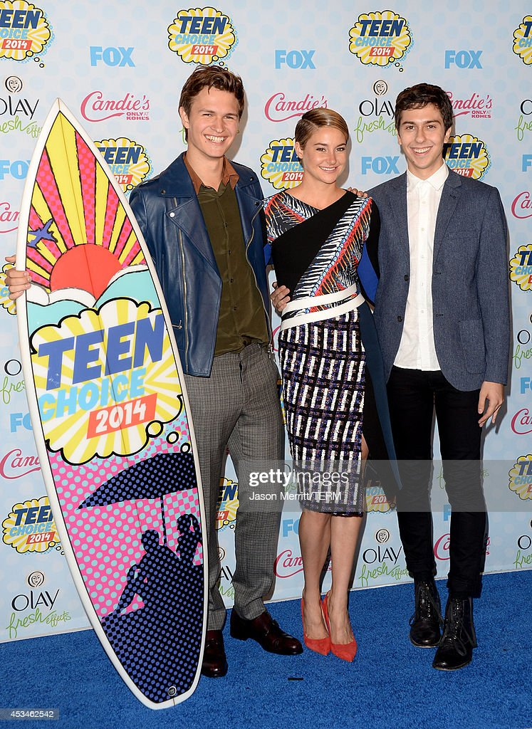 Actors <a gi-track='captionPersonalityLinkClicked' href=/galleries/search?phrase=Ansel+Elgort&family=editorial&specificpeople=9064000 ng-click='$event.stopPropagation()'>Ansel Elgort</a>, <a gi-track='captionPersonalityLinkClicked' href=/galleries/search?phrase=Shailene+Woodley&family=editorial&specificpeople=676833 ng-click='$event.stopPropagation()'>Shailene Woodley</a> and <a gi-track='captionPersonalityLinkClicked' href=/galleries/search?phrase=Nat+Wolff&family=editorial&specificpeople=4183919 ng-click='$event.stopPropagation()'>Nat Wolff</a> pose with the Choice Movie: Drama award for 'The Fault in Our Stars' in the press room during FOX's 2014 Teen Choice Awards at The Shrine Auditorium on August 10, 2014 in Los Angeles, California.